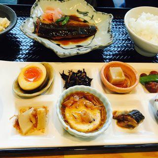 鯖の味噌煮おばんざいプレート(市場小路 イオンモール京都桂川店 (イチバコウジ))