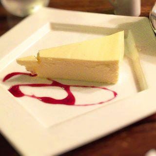 レアチーズケーキ(ミロンガ・ヌオーバ )