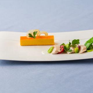 チーズケーキ 鶏肉のグリル(ミチノ・ル・トゥールビヨン )