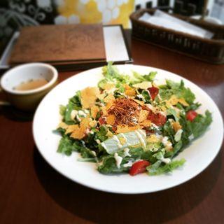 半熟たまごのせスパイシータコライス(kawara CAFE&DINING 新宿東口 (カワラ カフェアンドダイニング))
