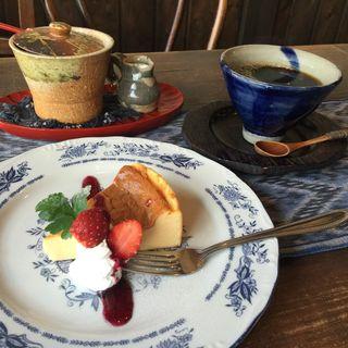 ベークドチーズケーキ ケーキセット(カフェ珈琲のすゞき )