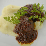 牛肉ホホ肉の赤ワイン煮込み