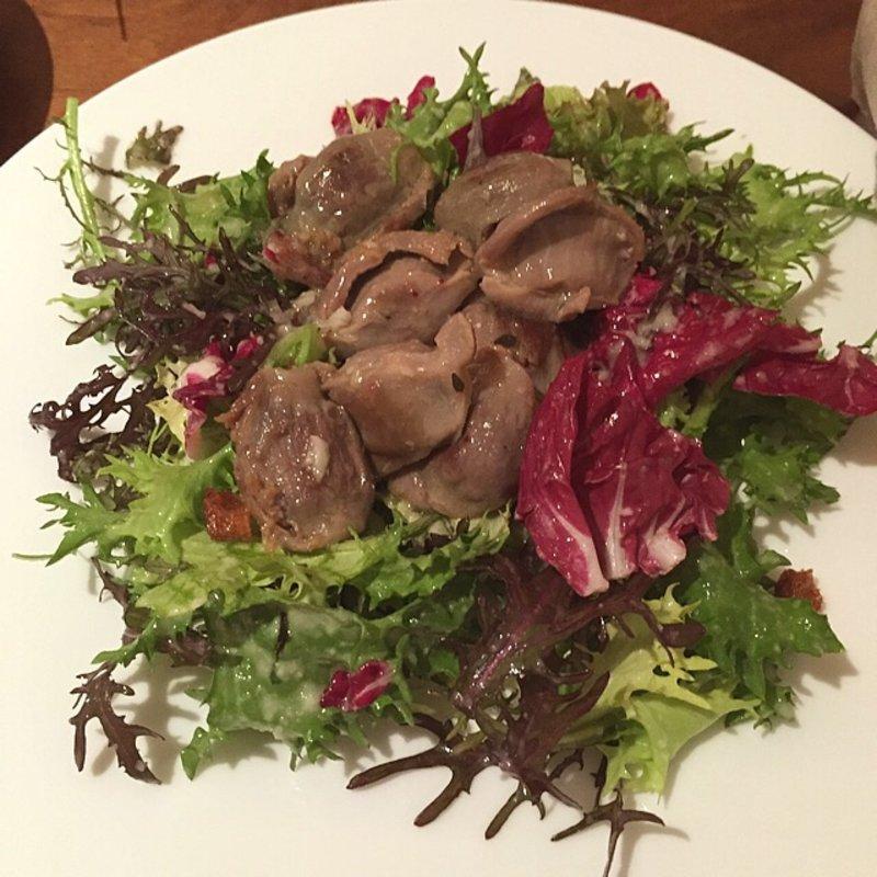 新潟県産 越の鶏のコンフィーのサラダ仕立て