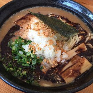 黒魚介豚骨らーめん 大盛(麺や 飛来 )