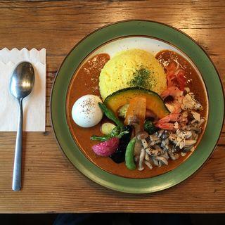 海老のカレー 野菜&卵トッピング(さくらじまjacob Spice)