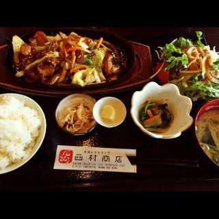 ホルモンの三谷焼き定食(市場レストラン西村商店)