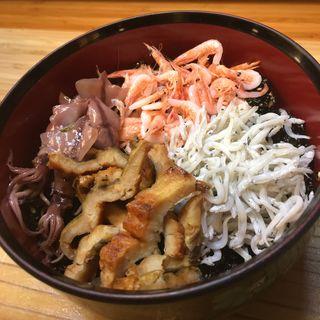海鮮丼(愛情たっぷり手料理 やきとり・しゃぶしゃぶ 来幸 )