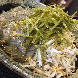 由比ヶ浜産 釜揚げしらすと生シラスの二色丼定食(鎌倉食堂)
