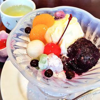 クリームあんみつ(66DINING 六本木六丁目食堂 浅草EKIMISE店 (ダイニング))