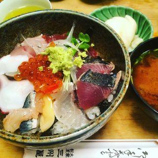 海鮮丼(三州屋)