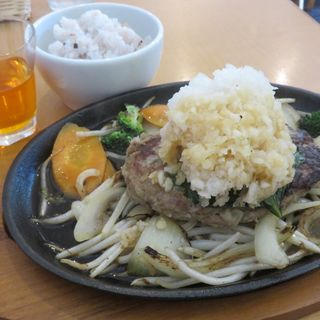 鬼おろしポン酢ハンバーグセット(Cafe Lychee (カフェライチ))