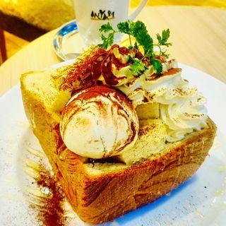 MIYABIティラミスハニートースト(CAFE&BAKERY MIYABI大森店)