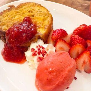 あまおう苺のメープルフレンチトースト(GELA C (ジェラシー))
