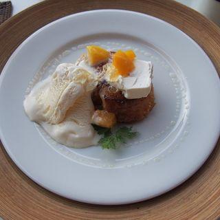 完熟マンゴーとクリームチーズのフレンチトースト(LONCAFE江ノ島本店)