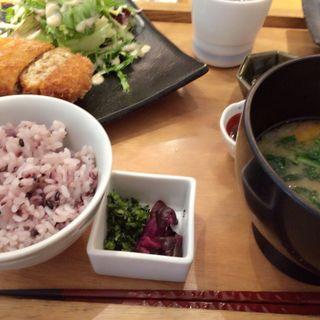 鶏と豆腐のふわふわメンチカツ(やさい家めい ルミネ横浜店 )