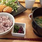 鶏と豆腐のふわふわメンチカツ