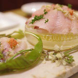 地魚鮮魚のTスタイルカルパッチョ(トラットリア テンポ ドーロ (torattoria TEMPO D'ORO))
