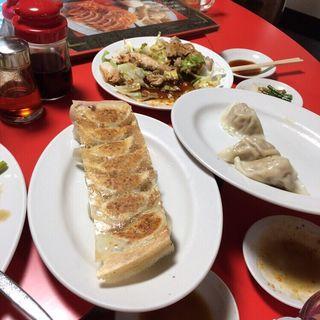 焼き餃子(中国家庭料理大連 (チュウゴクカテイリョウリダイレン))