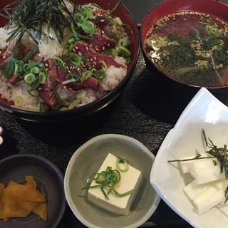 馬肉タタキ丼(折戸商会 中野新橋本店 )