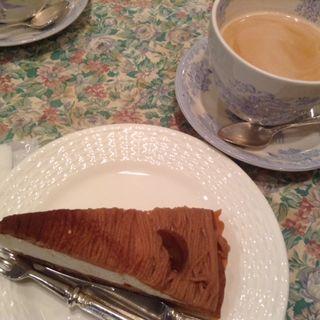 ケーキセット(モンブラン)(ティーハウス サラ (Tea House SARAH))