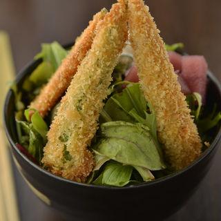 海老フライと野菜(ティーズグリル (T's GRILL))