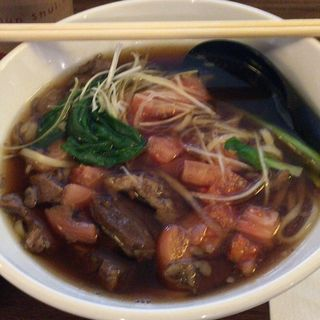 トマト牛肉麺(春水堂 飯田橋サクラテラス店 (チュンスイタン))