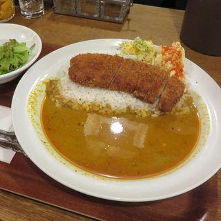 辛さか3つの「カツカレー」(般゜若大阪福島店 (PANNYA CAFE CURRY))