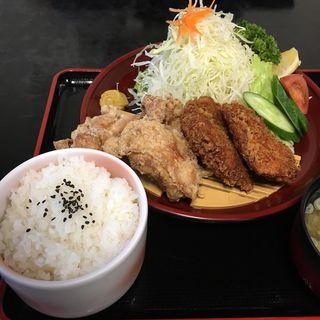 鳥合せ定食(登利平藤岡)