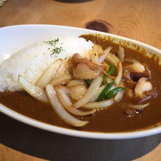 ホルモン野菜炒めカレー(サンサーラ 飾磨店 (SANSARA))