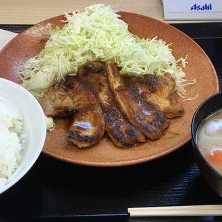 しょうが焼き定食(かつや 海老名店)