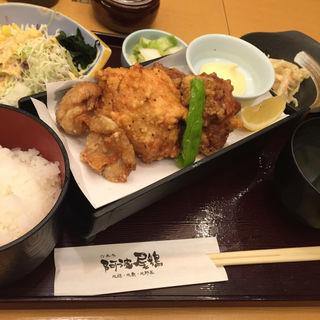 三種唐揚定食(六本木 阿波尾鶏 )