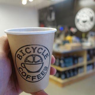 ハンドドリップコーヒー(バイシクル コーヒー トウキョウ トラノモン (BICYCLE COFFEE TOKYO TORANOMON))