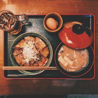 帯広風 豚丼 + 定食変更(我豚 (ワガブタ))