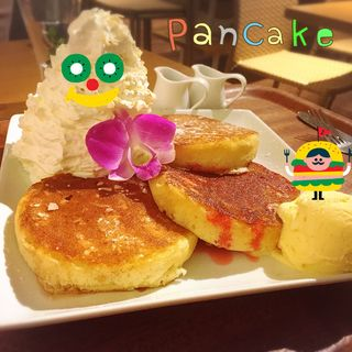 パンケーキ(ダブル レインボー カフェ (DOUBLE RAINBOW CAFE))