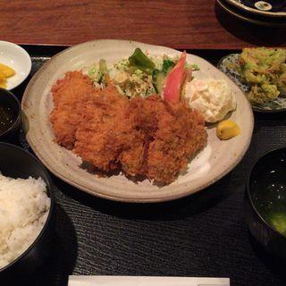 豚ヒレカツ定食(キッチンイナバ (KITCHEN inaba))