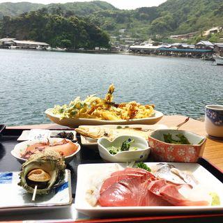 漁港めし(漁港めし )