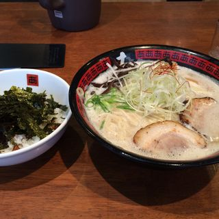 あ らーめん&中丼セット(ラーメン工房 あ 宝塚店 (ラーメンコウボウア))
