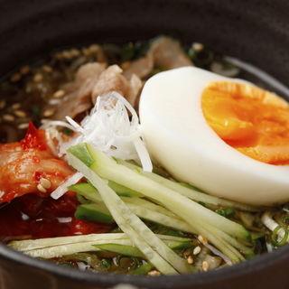 冷麺(Cossott'e sp 麻布十番 (コソット エスピー))