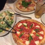 ピザ(800ディグリーズ ナポリタン ピッツェリア (800DEGREES neapolitan pizzeria))