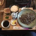 十割蕎麦と麦とろご飯