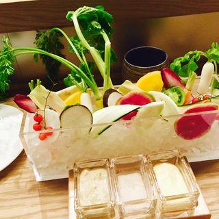 日替わり産直野菜のバーニャカウダ(CHECK ROOM SERVICE (チェックルームサービス))