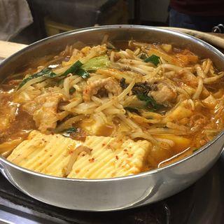 ホルモン鍋(たつ屋 )