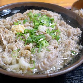 肉うどん(うどん市場 めんくい (うどんいちば めんくい))