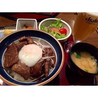 焼肉丼(近江牛 毛利志満 長浜店)