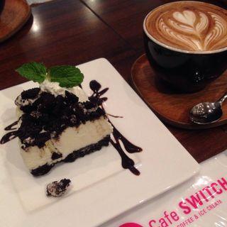 オレオチーズケーキとマキアート(cafe swich)