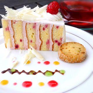 季節のケーキ(ラズベリークリーム)(ローズハウス )