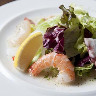 鮮魚のカルパッチョ(エスタード (ESTADO))