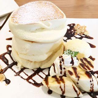 チョコバナナパンケーキ(プラス150円でドリンク付き)(fleur (フルール))