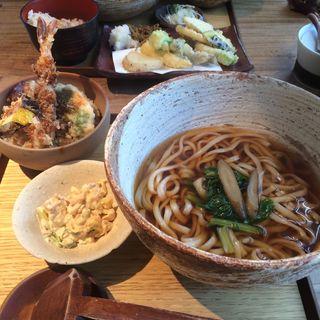 海老としそ巻ささ身の天丼定食(うどん山長)