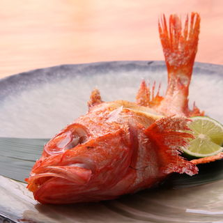 金目鯛の塩焼き(すし 鯔せ (スシ イナセ))